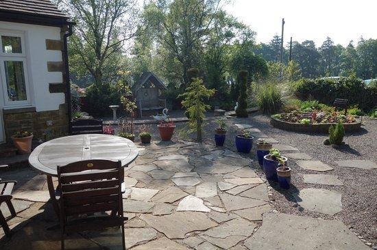 Greycroft: Garden