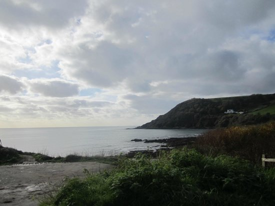 Old Lanwarnick: View from Talland Bay just down the road