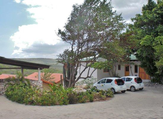 The Natural Curacao: Auto en eigen parkeerplaats op het ressort