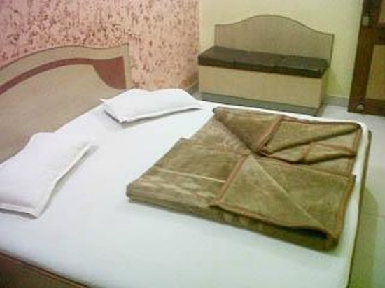 Hotel Gopal Ji: deluxe room