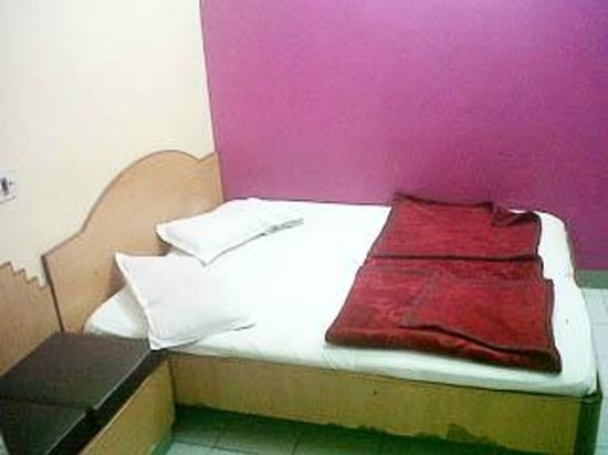 Hotel Gopal Ji: attached room