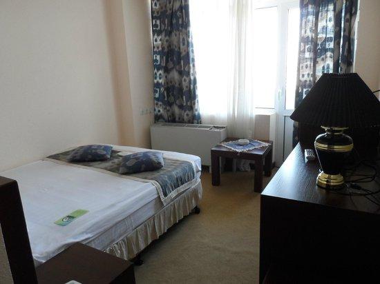 Hotel Uzbekistan: View of the bedroom