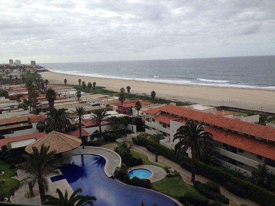 Rosarito Beach Hotel: Just how I like it...Beautiful, Relaxing, and Breathtaking.