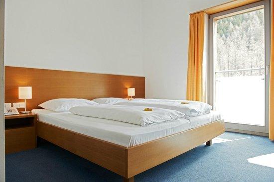 Hotel Garni Sunshine: Zimmer