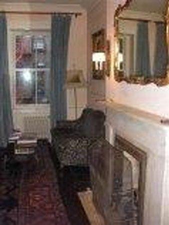 Lafayette House: coin cosy salon