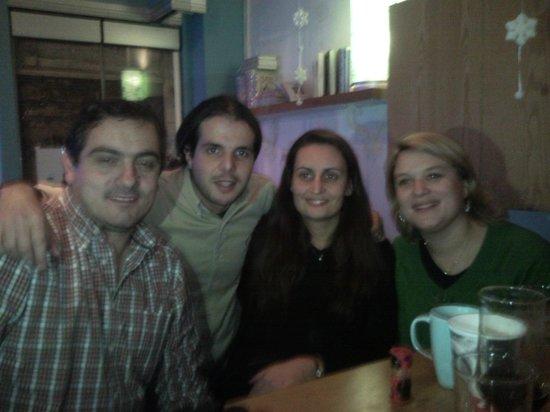 Mikron Coffee Corner: Friends
