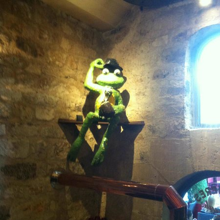 The Frog at Bercy Village : mister frog