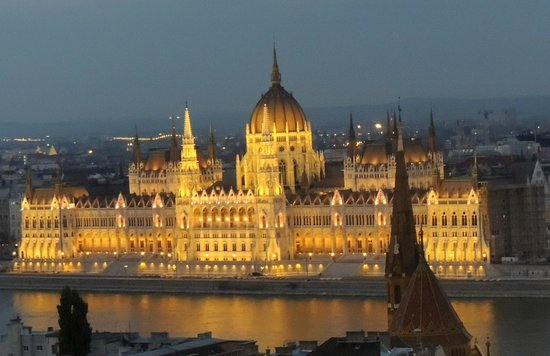Free Budapest Walking Tours: het parlement