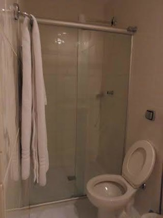 Hotel Casablanca: banheiro