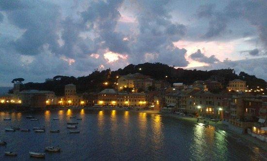 Hotel Helvetia: Foto scattata dalla terrazza dell'hotel