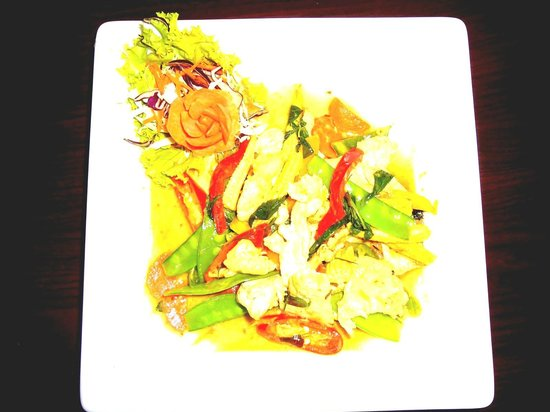 Calypso : pha-naeng au poulet