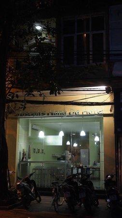 Joseph's Hang Da Hotel: Night