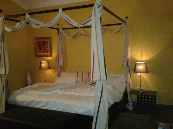 Almazara de Valdeverdeja: cama de 2x2