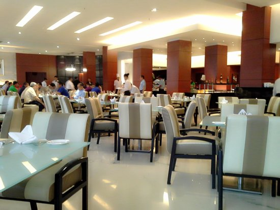 Java Paragon Hotel & Residences: the cafe of java paragon