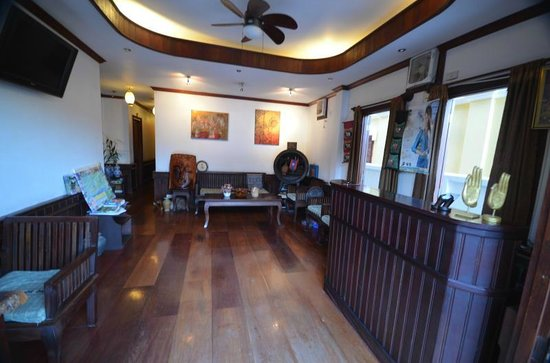 Hoxieng Guesthouse: Entrance lobby