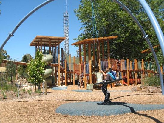 Yarra Glen Adventure Playground, McKenzie Reserve: Adventure equipment in the Park