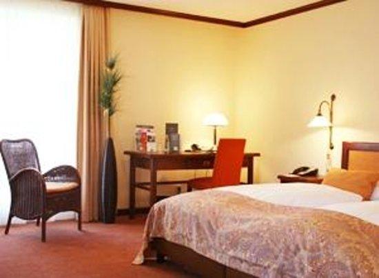 Steigenberger Hotel Deidesheim: Zimmer