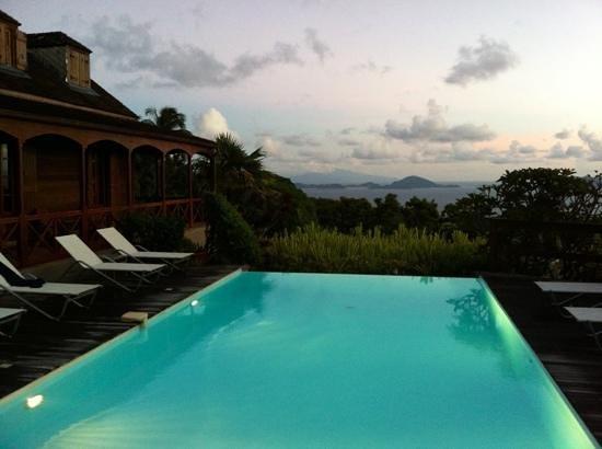 Le Jardin Malanga: view towards Les Saintes
