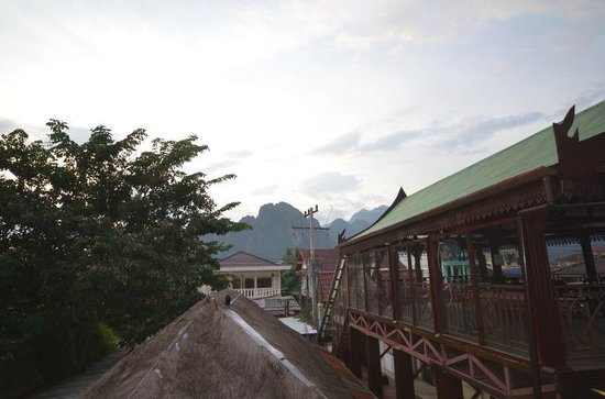 Inthira Vang Vieng : View from the upper shared deck