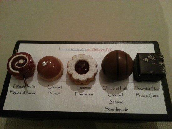 Le Neuvieme Art: sélection de pralines - exquis!