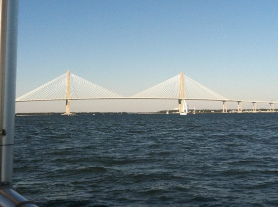 Charleston Water Taxi: Great view of the bridge