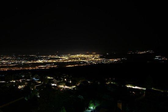 El Balcon de las Nieves: Granada