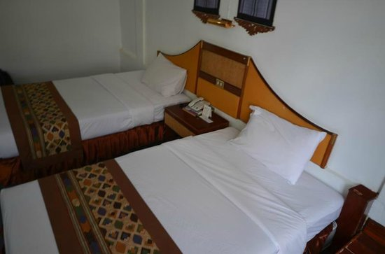Hotel Lao: Room was very large