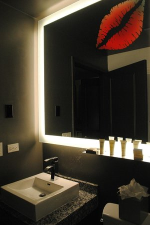 ACME Hotel Company Chicago: bagno