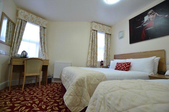 Best Western Greater London Hotel: Bedroom