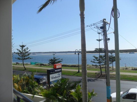 Windsurfer Resort: View to beach across the road