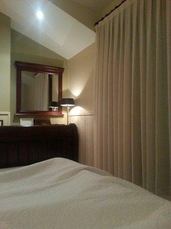 Hotel Rural Arpa de Hierba: Un rinconcito de la habitación