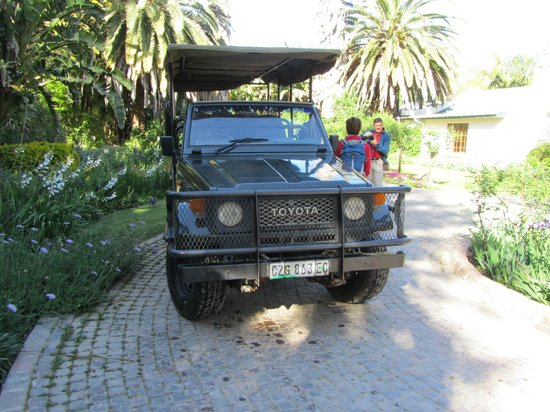 Woodall Country House and Spa: Safari Vehicle