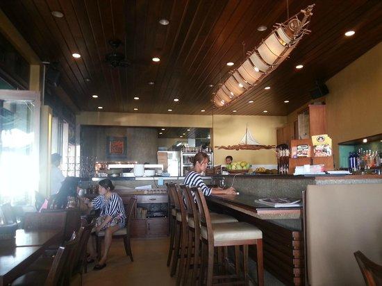 Aria Restaurant: 실내 사진