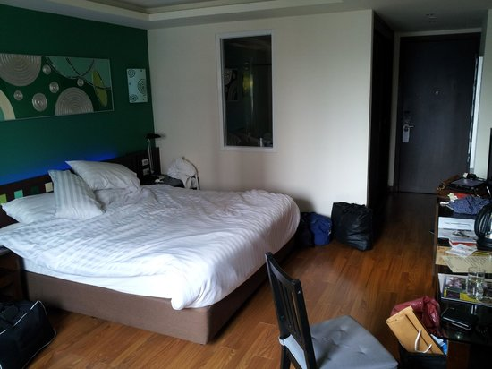 Hotel Mermaid Bangkok: Hotel room - as usual disregard the mess that's ours