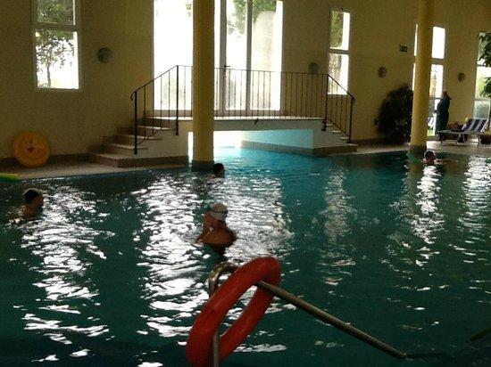 interno piscina - Foto di Hotel Terme Belsoggiorno, Abano Terme ...