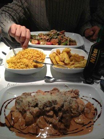 Mala Kuhinja: Perfect lunch! Big and really tasty portions.
