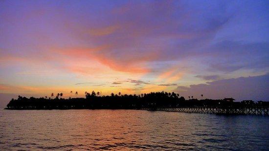 Mabul Water Bungalows: Sunset