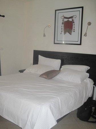 Red C Villas: Master bedroom
