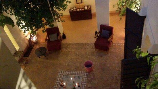 Hotel & Spa Dar Baraka & Karam: 二階廊下より中庭