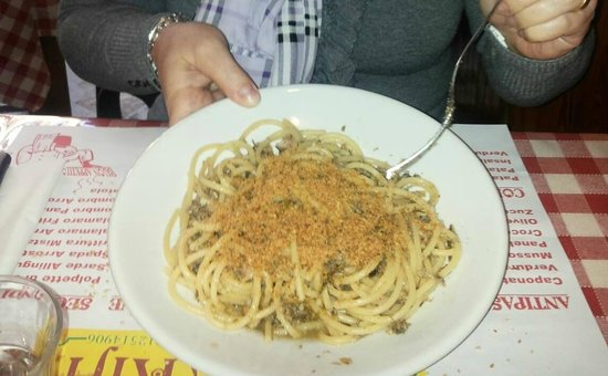 Osteria Lo Bianco: Bucatini con le sarde