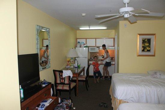Sunshine Suites Resort: Habitación