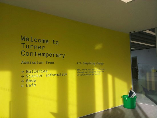 Turner Contemporary: Lovely warm light!