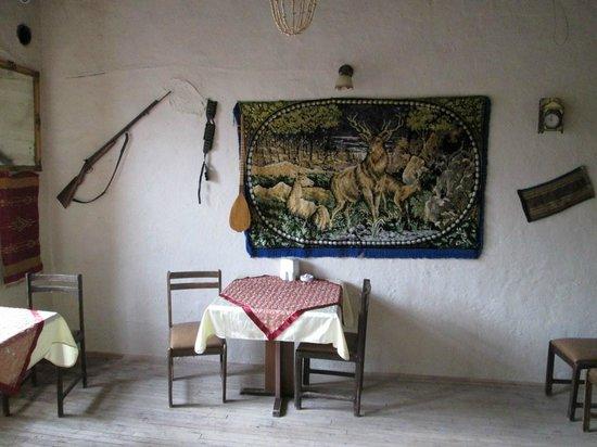Sille Konak: Üst katta müze tadında sergilenen bir oda