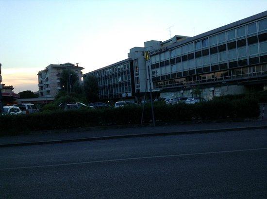 Italiana Hotels Florence: vue extérieur