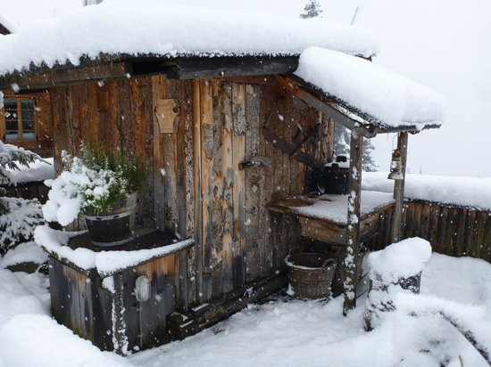 Das Almdorf - World Peace Eco Resort: Holzknechthütte