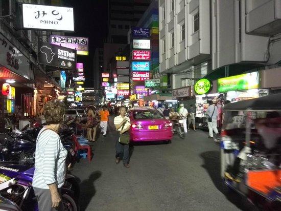 The Siam Heritage: Patpong le soir