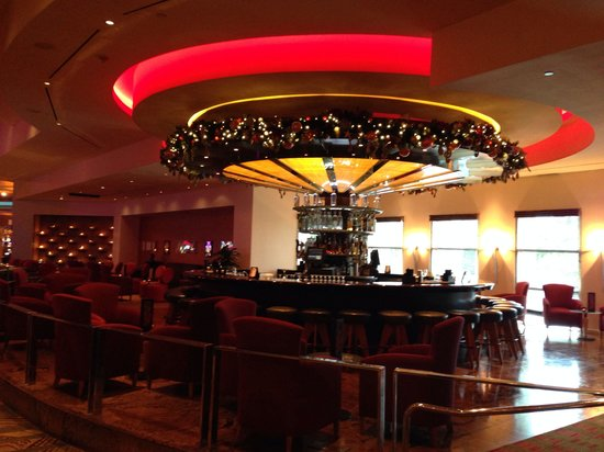 Seminole Hard Rock Hotel Tampa: Lobby bar