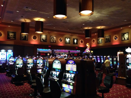 Seminole Hard Rock Hotel Tampa: High limit slot room