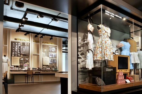 Marks & Spencer: Marks in Time: It's free to explore the Marks in Time Exhibition