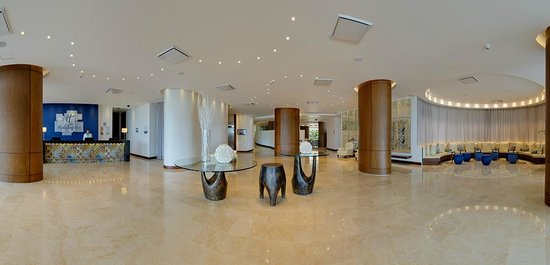 Holiday Inn Cartagena Morros: Lobby